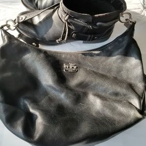 Black Leather Coach Bag w/Removable Shoulder Strap